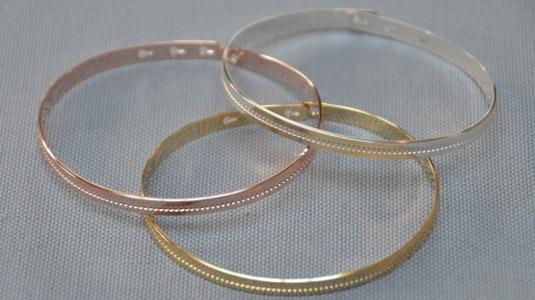 bracelet jonc ruban perlé