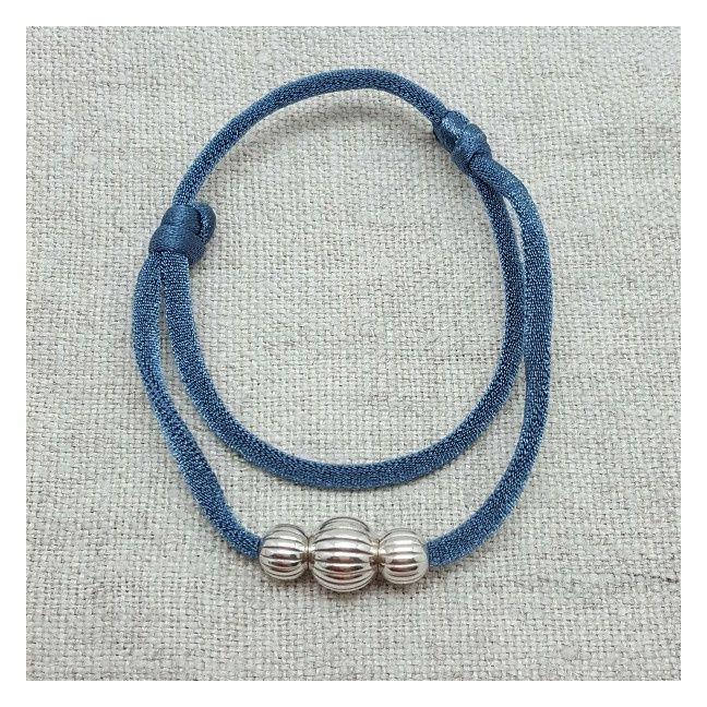 Bracelet 3 perles striées argent sur lien elastique double tour