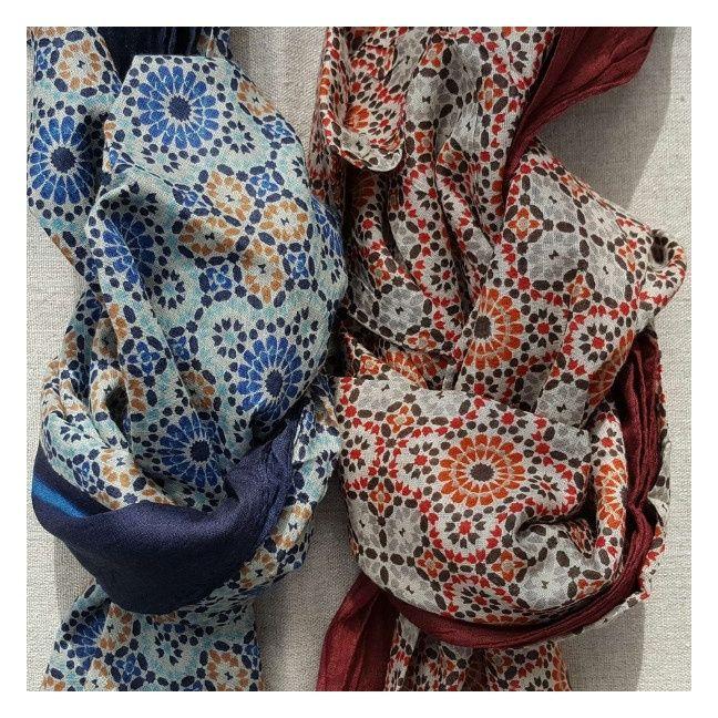 Foulard coton coloris été, bleu et pompon