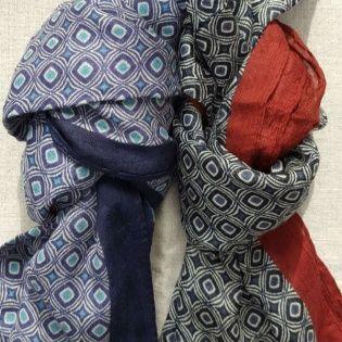 "foulard imprimé ""Paon"""