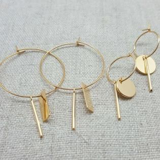 Boucles d'oreilles créole avec motifs géométriques