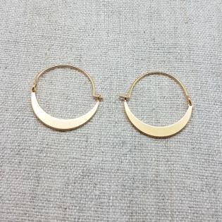 Boucles d'oreilles créole avec motif lune