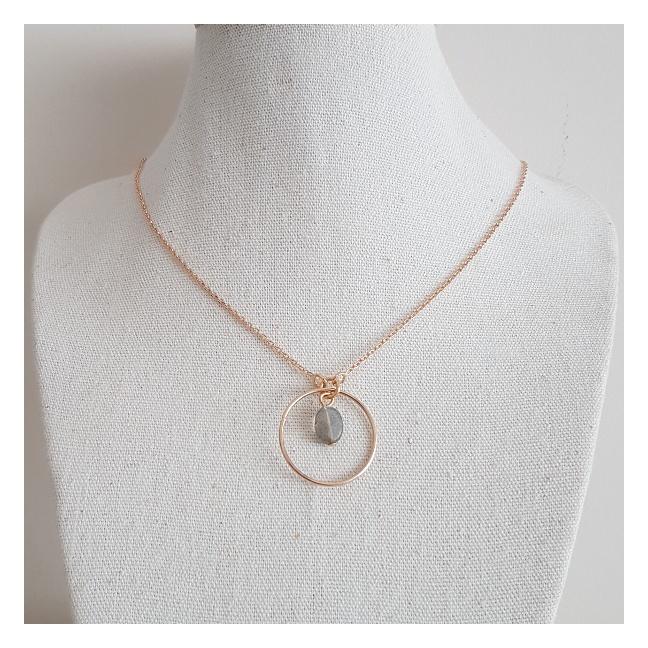 Collier anneau argent une breloque nacre cerise