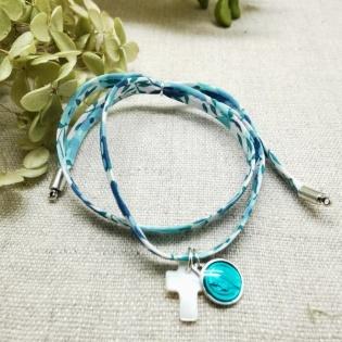 bracelet religieux double tour liberty croix nacre et vierge colorée rose