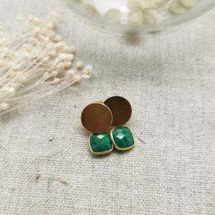 Boucles d'oreilles courtes et pierre de couleur