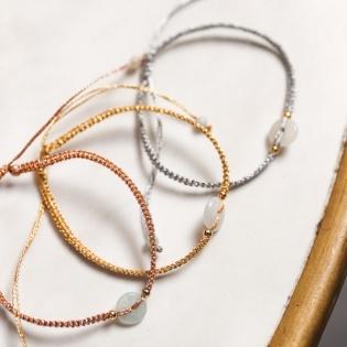 Bracelet perle naturelle ronde lien coulissant