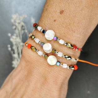 Bracelet nacre ronde et perles