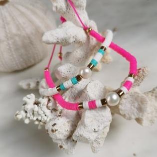 Bracelet perles colorés et perle blanche