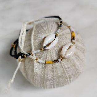Bracelet coquillage et perlesde couleurs