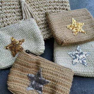 Porte-monnaie en paille motif étoile
