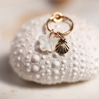 Boucles d'oreilles anneau et breloques