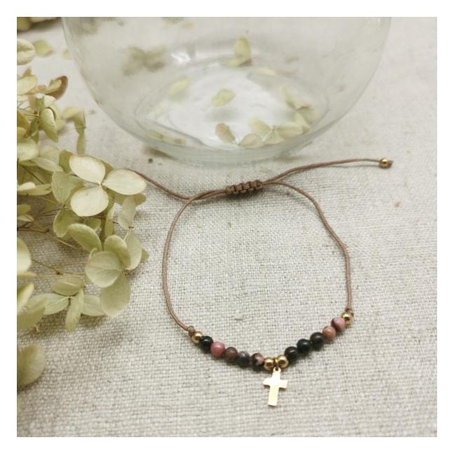 Bracelet perles naturelles et croix plaqué Or