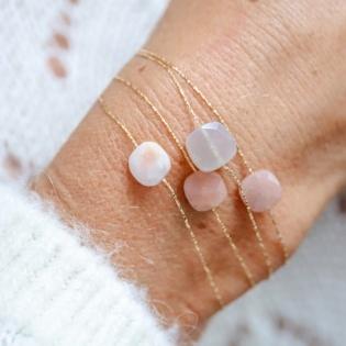 Bracelet chaîne Plaqué Or et pierre de couleur
