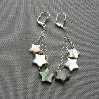 Boucles d'oreilles longues pendantes 3 étoiles